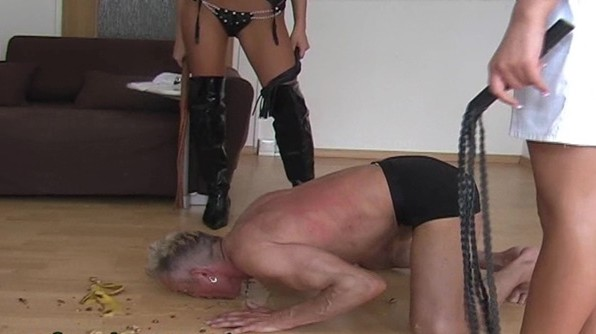 peeing-ladies.com - movie update - Slave Feeding with Pee 1
